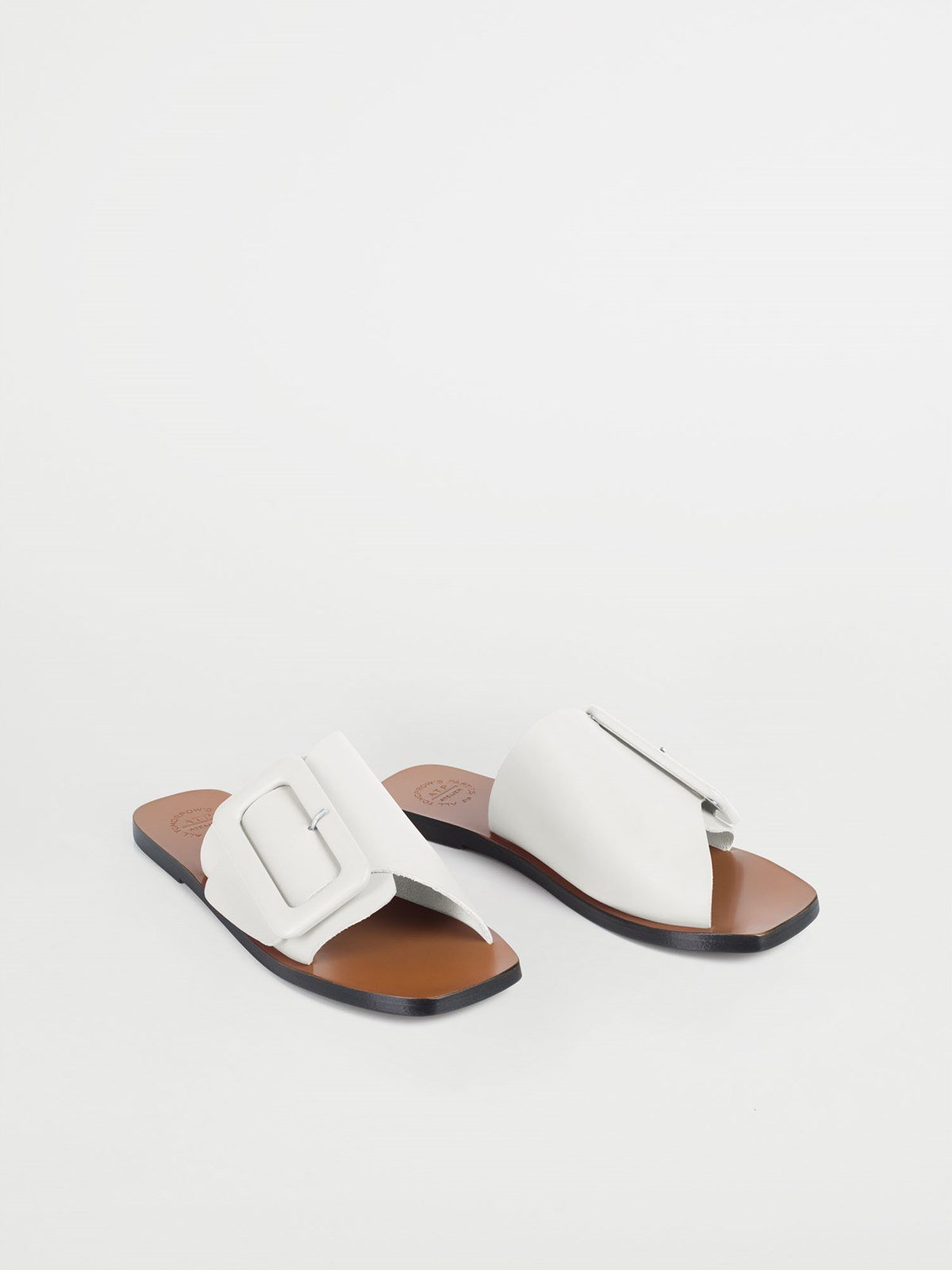 Ceci Ice White Flat sandals