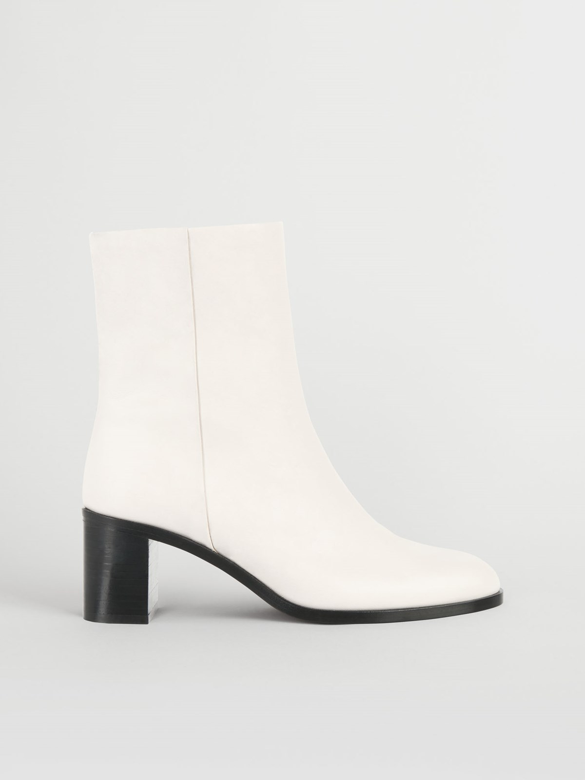 Ellera Ice White Ankle Boots
