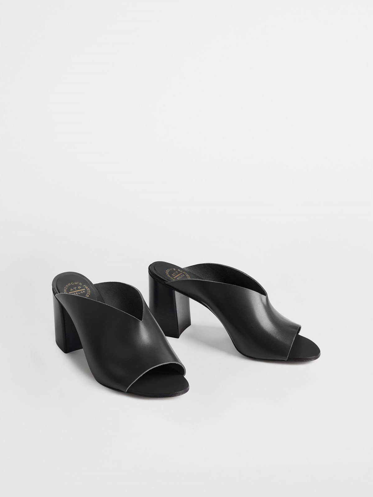 Licola Black Heeled sandals