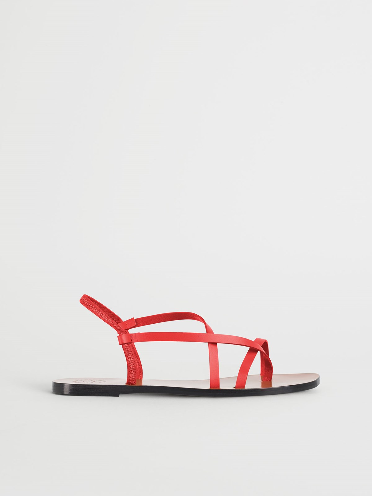 Lizza Tomato Red Flat sandals