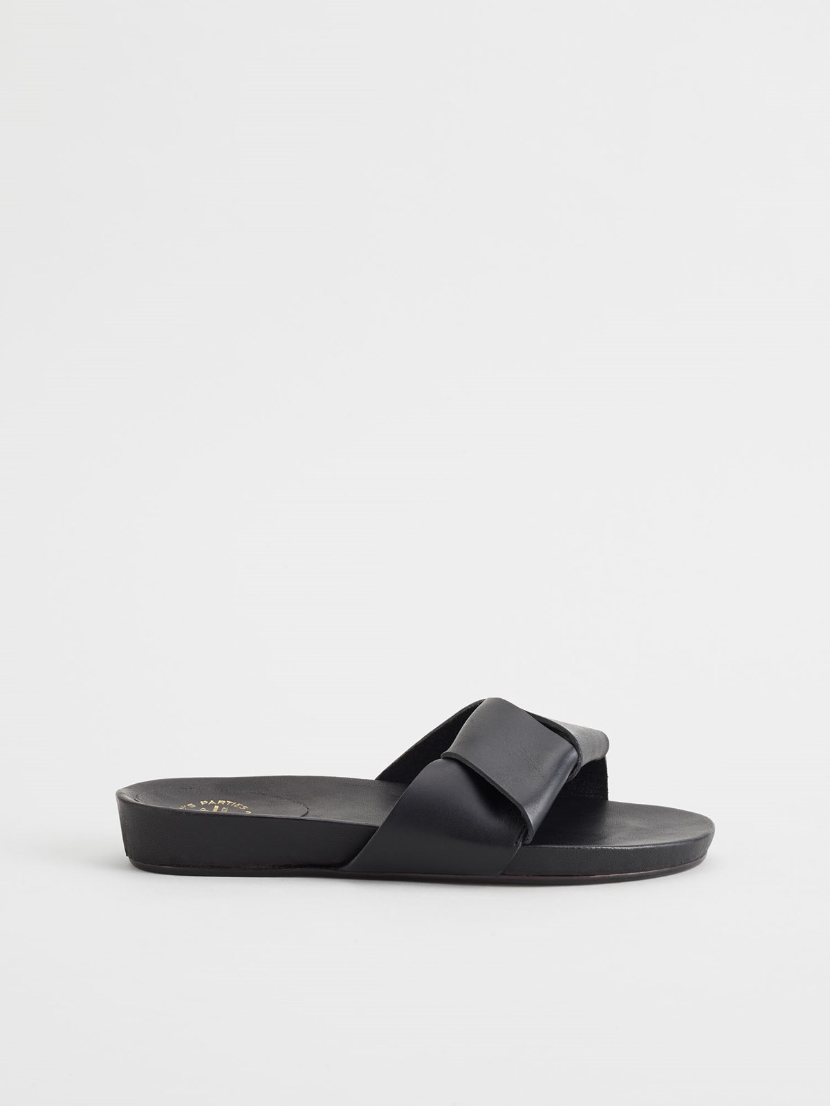 Oria Black Everyday sandals