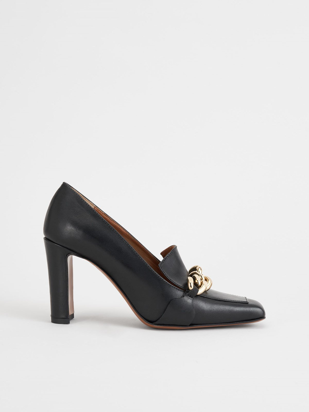 Scorrano Black Pumps