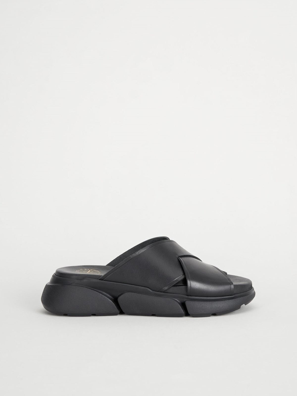 Sovereto Black Chunky sandals