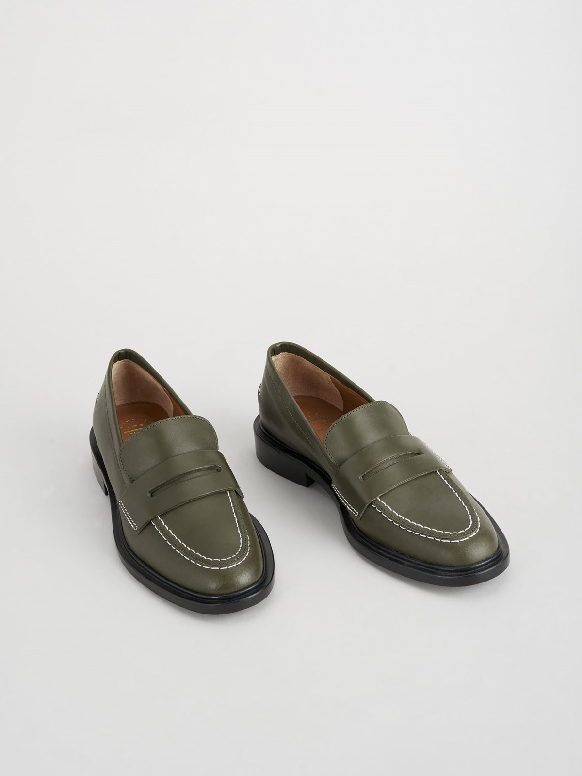 Monti Turtle Loafers