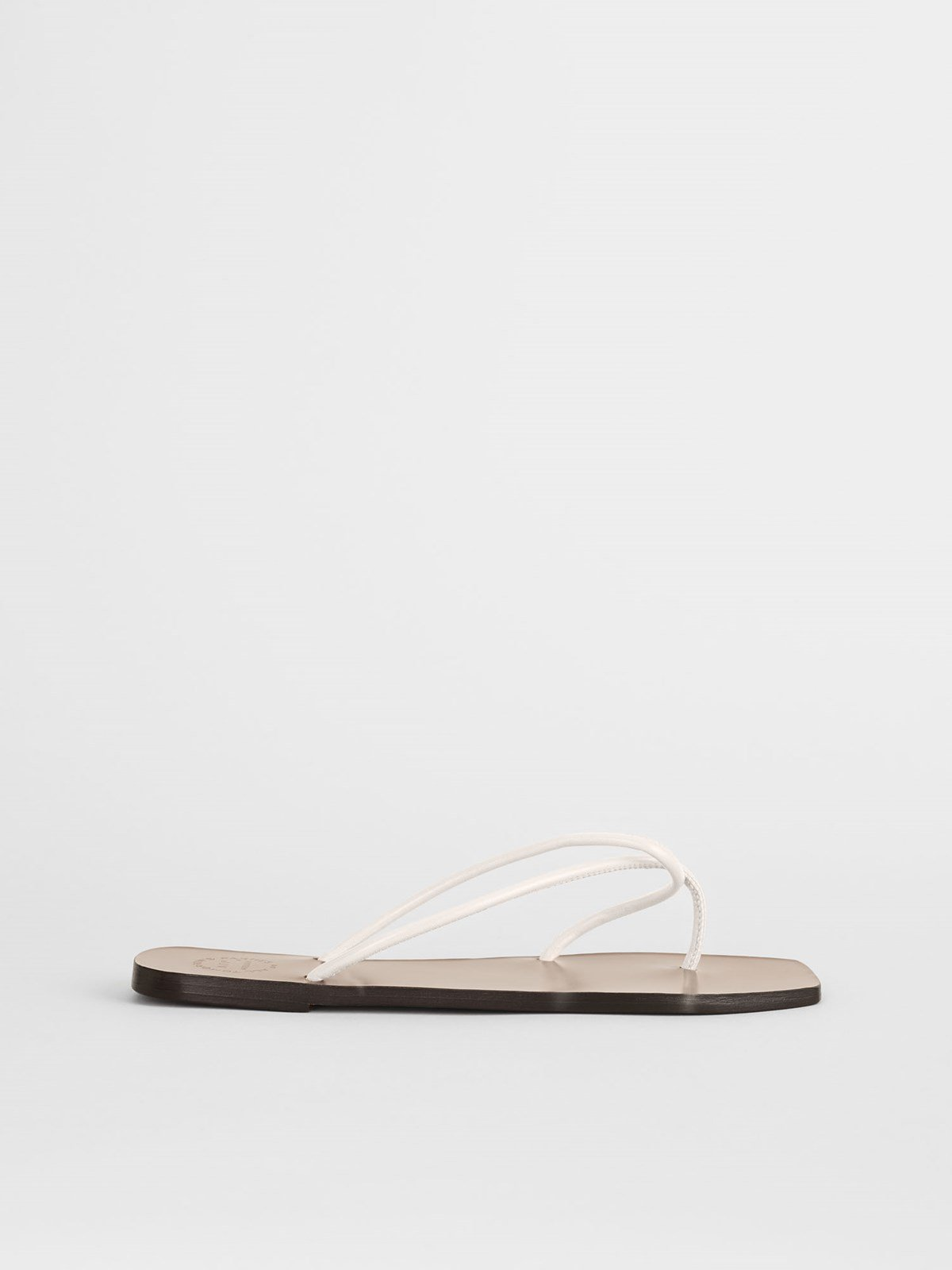 Alessano Ice White Flat sandals