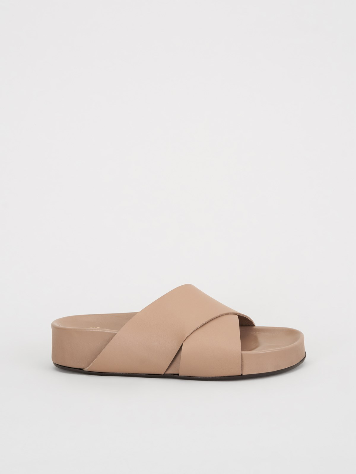 Urbino Almond Everyday sandals